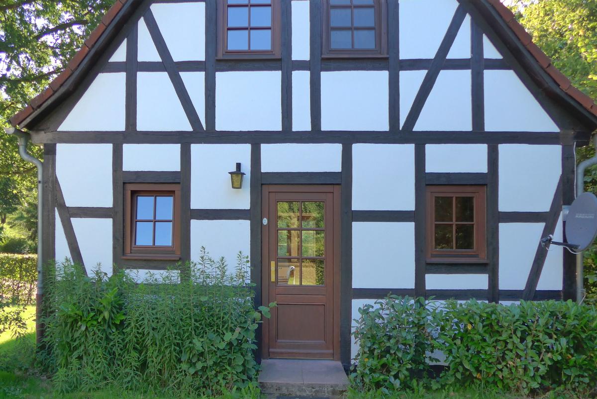 ferienhaus hessen odenwald ferienhaus 2 in mossautal. Black Bedroom Furniture Sets. Home Design Ideas