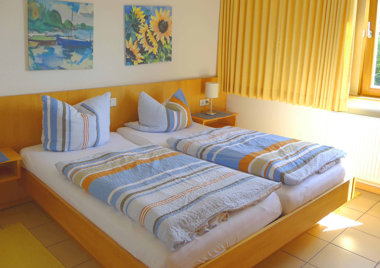 ferienwohnung hessen odenwald ferienwohnung 12 in mossautal h ttenthal waldhubenhof. Black Bedroom Furniture Sets. Home Design Ideas